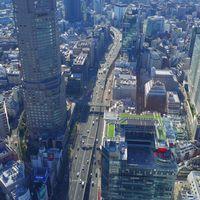 渋谷周辺の都会の様子の写真