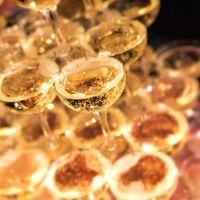 シャンパンタワーの写真
