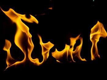 ストーブの火の写真