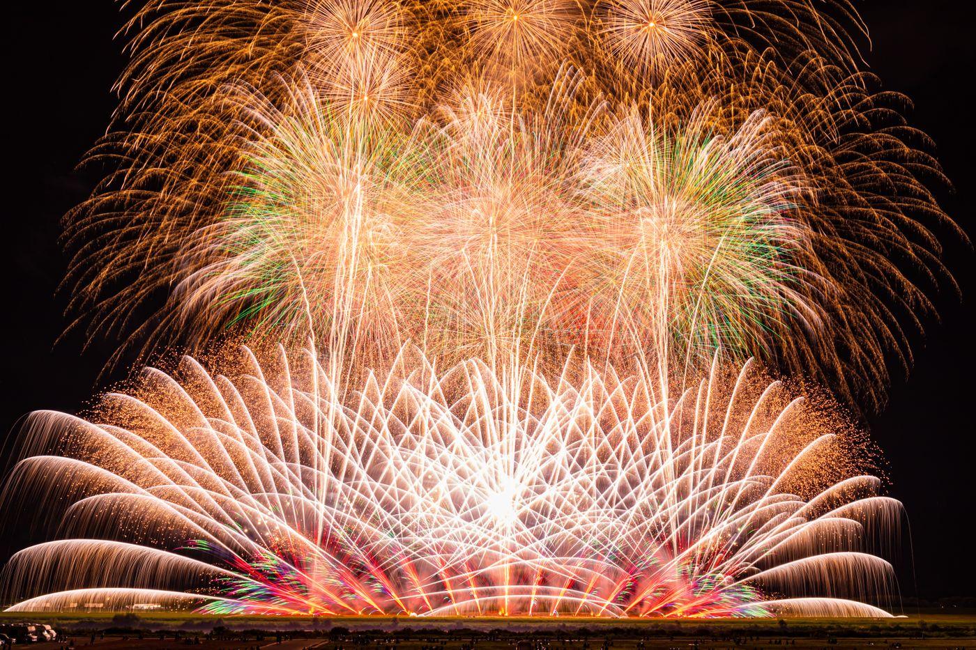 大曲のサプライズ花火の写真