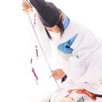 物の怪にとどめを刺す剣士の写真