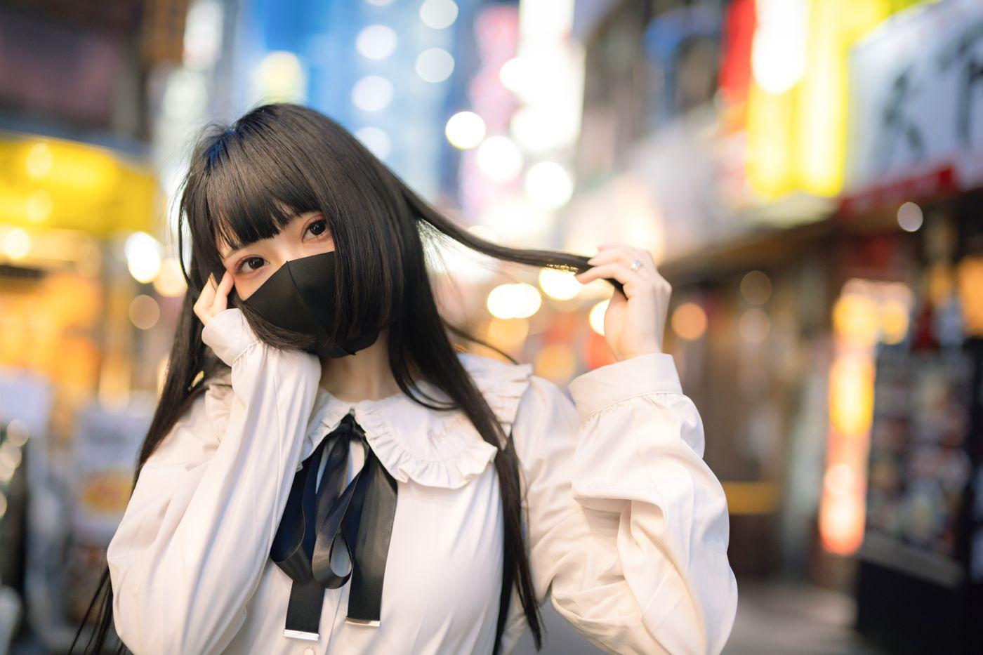自意識の高い地雷系メイク女子の写真