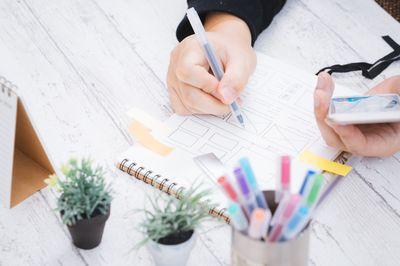概要の書き方と例文|会社概要・レポート/論文・職務経歴書